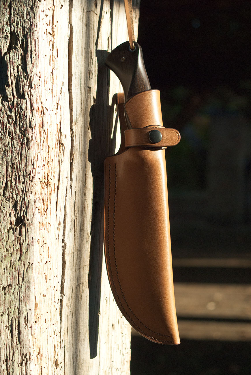 Etui rigide en cuir pour couteau de camp / outdoor XXL