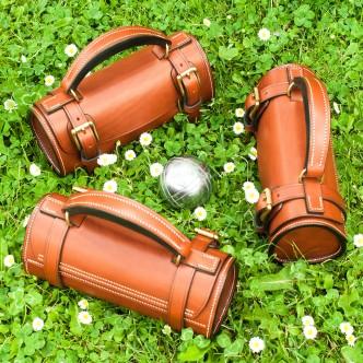 sacoche horizontale pour trois boules de pétanque