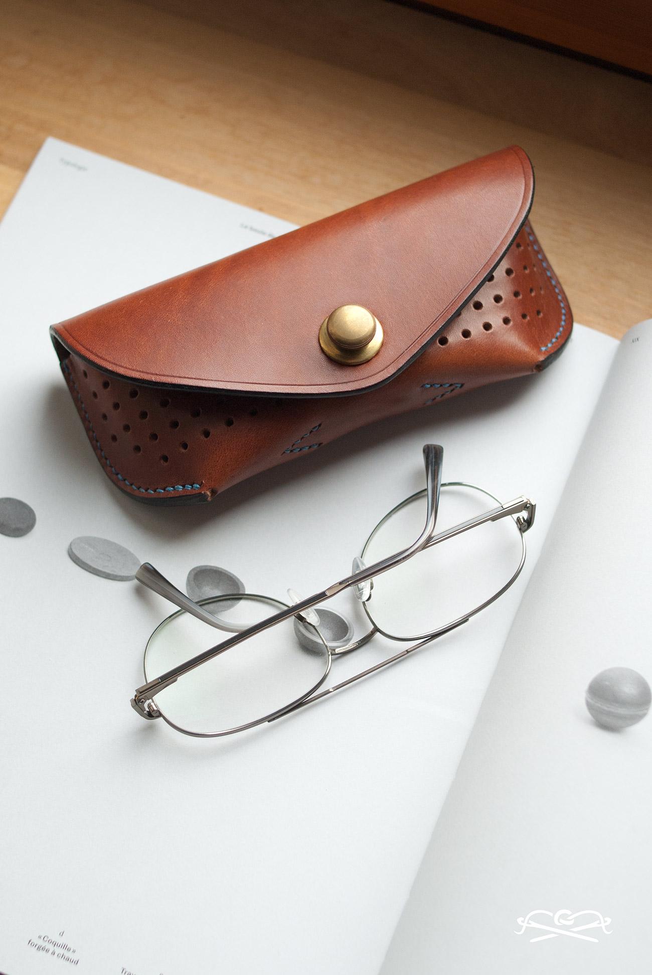 étui lunettes - glasses case